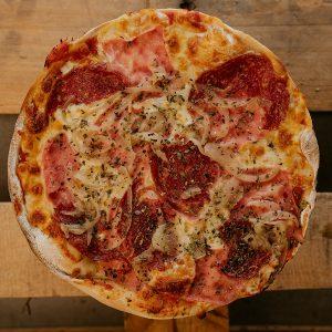 Pizza Caprichosa | Pizzería Ses Estacions, pizzas a domicilio en Palma de Mallorca