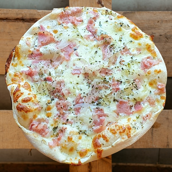 Pizza Carbonara | Pizzería Ses Estacions, pizzas a domicilio en Palma de Mallorca